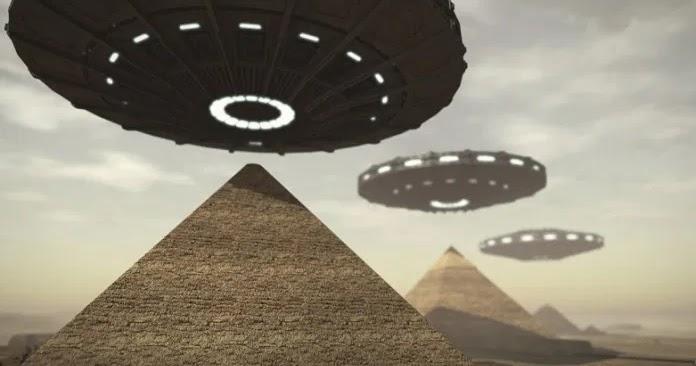 Les pyramides ont été bâties par des Aliens — Elon Musk